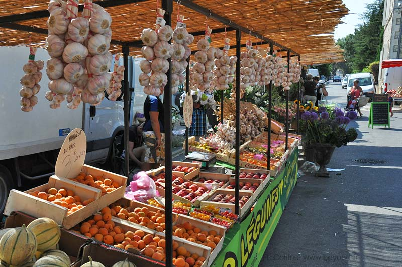 Markets by Day photo eygalieres0109b.jpg