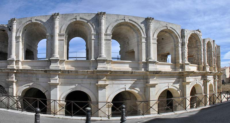 Arles Roman Arena Photo Gallery Site Photos By Provence