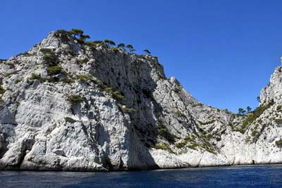 L'Oule calanque, bowl-shaped cliff of