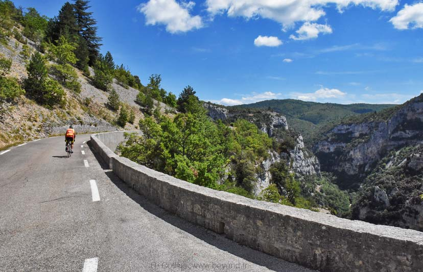 Nesque Gorges photo nesque-cyclists0021b.jpg