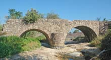 Plaines Roman Bridge photo plainesbridge0020s.jpg (6 k)