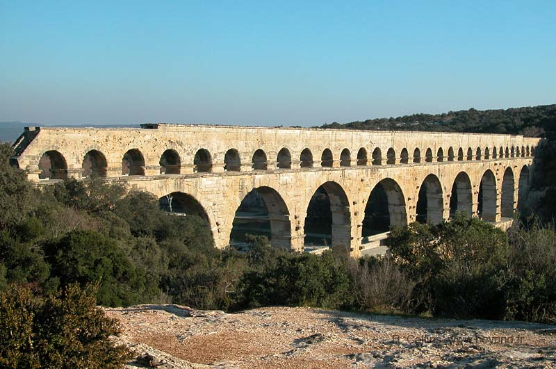Pont du Gard top arches