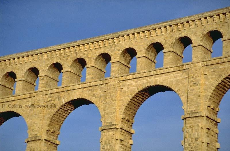Sites Alphabetic Photo Roquefavour89001b