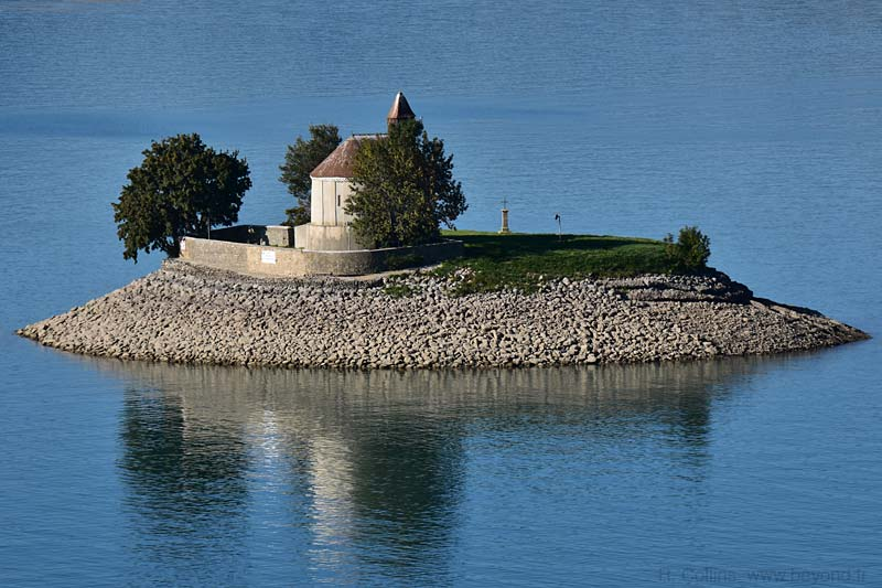 Islands photo serre-poncon0036b.jpg