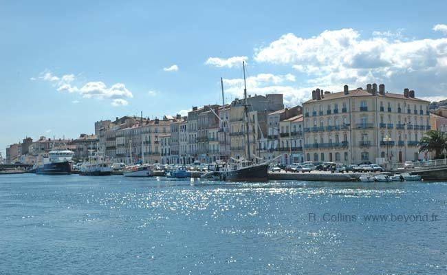 Sete waterfront photo