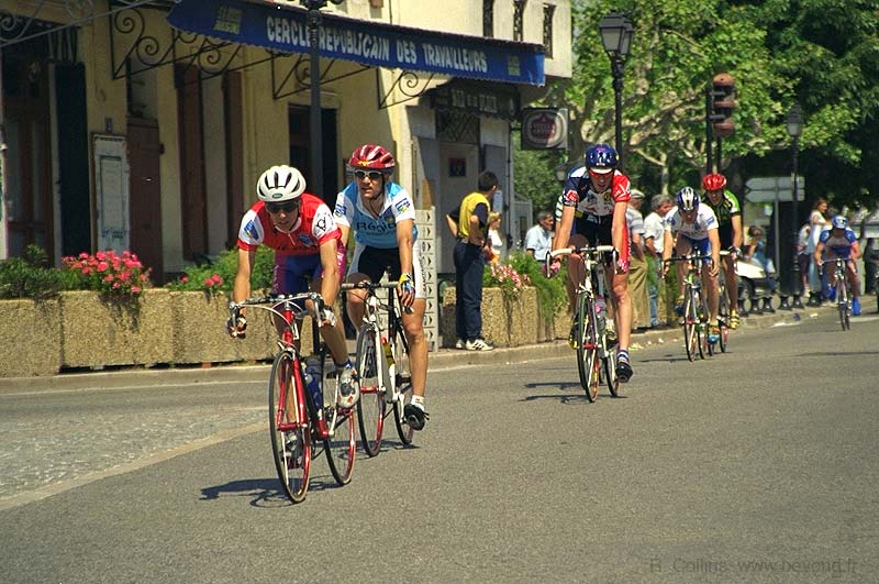Cycling photo cassis-cyclists033b.jpg