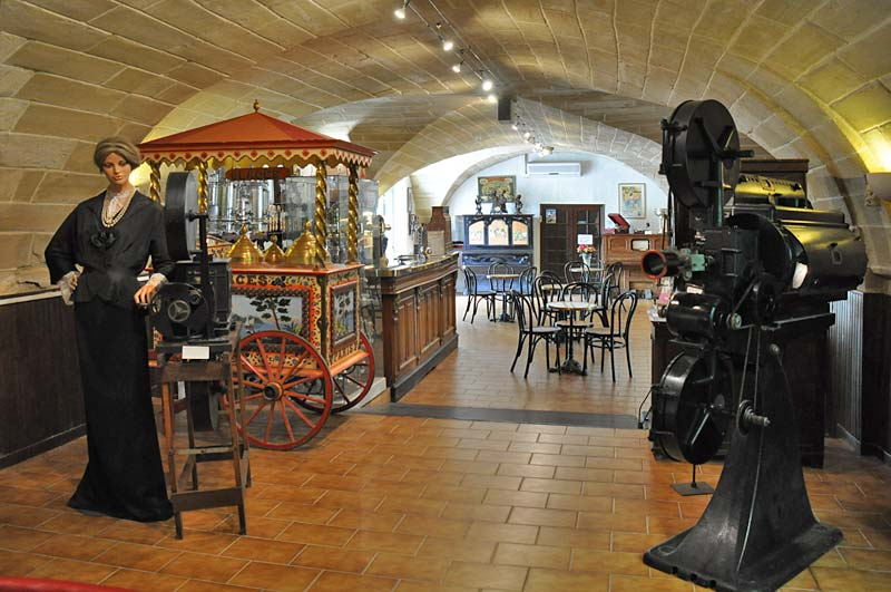 Arpaillargues Museum photo arpaillargues-museum0102b.jpg