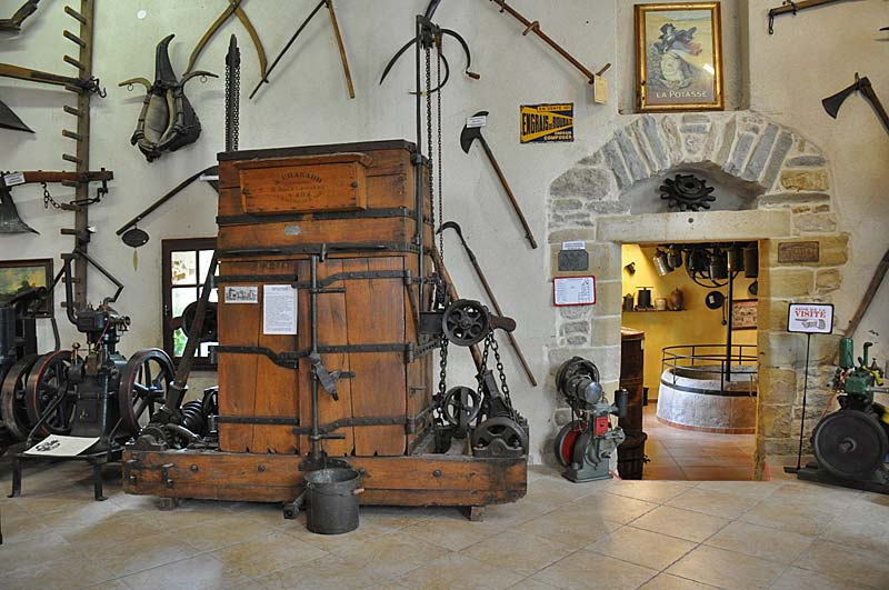 Arpaillargues Museum photo arpaillargues-museum0134b.jpg