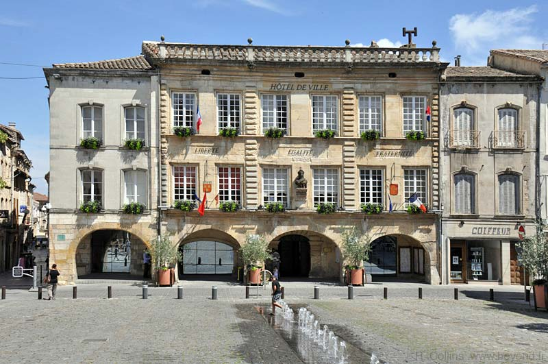 Bagnols Sur C Ze Photo Gallery By Provence Beyond