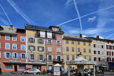 Colorful building (and contrails) of the
