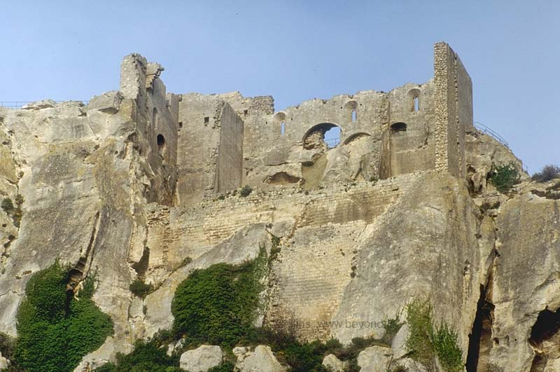 Fortified Villages photo baux-provence55b.jpg