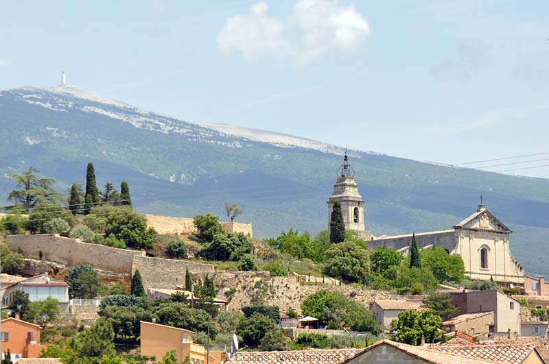 Bedoin visit, photos, travel info and hotels, by Provence ...