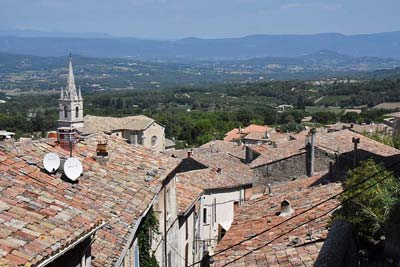 View of tiled rooftops of Bonnieux