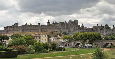 Surrounding Carcassonne photo carcassonne-town0084bflat400.jpg