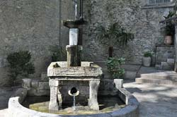 This old fountain in Céret is