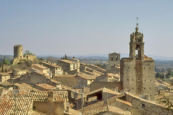 Cucuron roofs and towers
