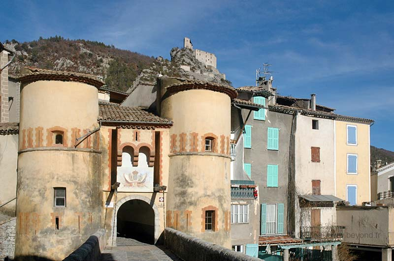 Fortified Villages photo entrevaux0031b.jpg