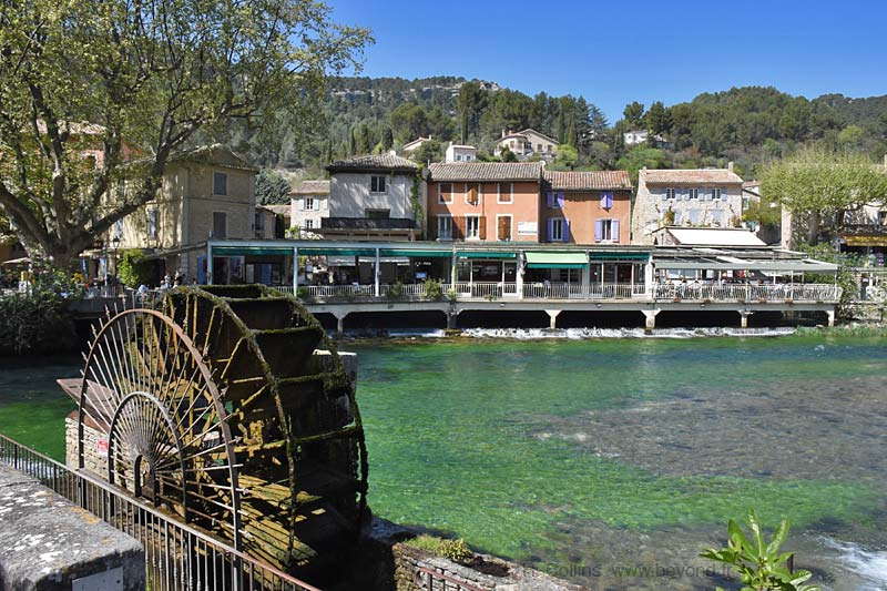 Fontaine de vaucluse photo gallery by provence beyond - Le journal du vaucluse ...