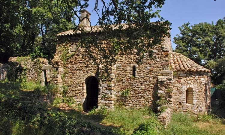 Chapel Saint Saturnin west of Gaujac