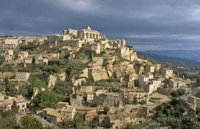 Apt France Map.Gordes Visit Photos Travel Info And Hotels By Provence Beyond