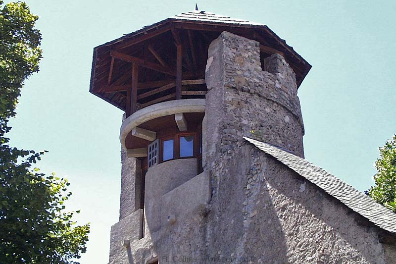 The Tour d'Eygliers -- a renovated tower