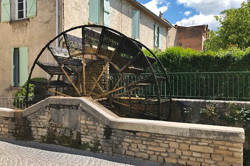 Isle-Sorgue Water Wheels photo isle-sur-sorgue-wheel0027b.jpg