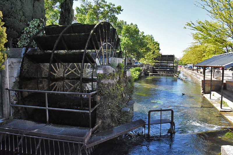 Isle-Sorgue Water Wheels photo isle-sur-sorgue-wheel0062b.jpg