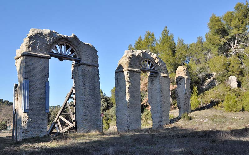 Meyrargues Roman aqueduct ruins, viewed from