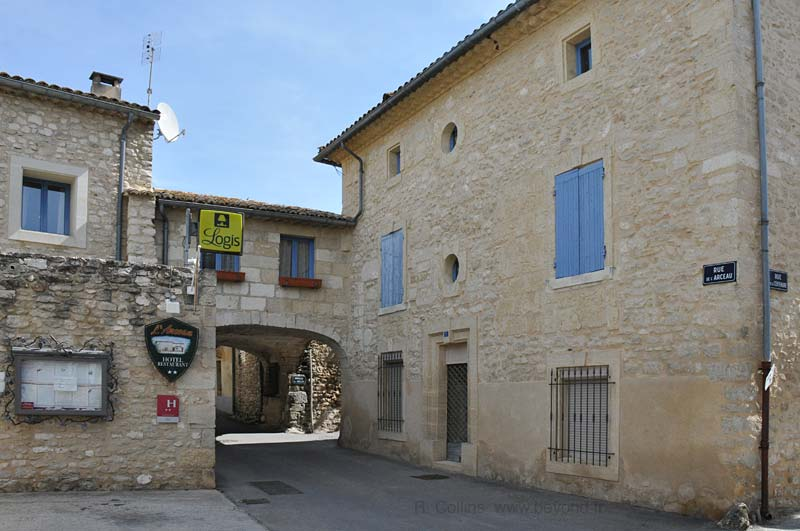 Hotel Restaurant L Arceau St Hilaire D Ozilhan