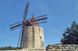 Daudet's windmill in nearby Fontvieille