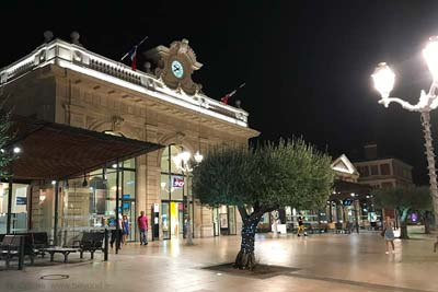 Toulon railway station, gare SNCF, at